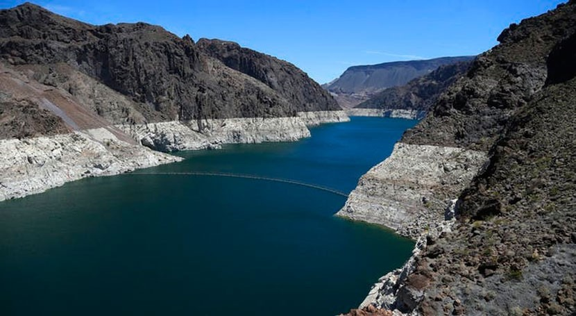 Western states buy time with 7-year Colorado River drought plan, but face hotter, drier future