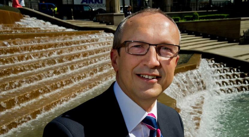 Tony Smith, Chief Executive of the Consumer Council for Water, announces retirement