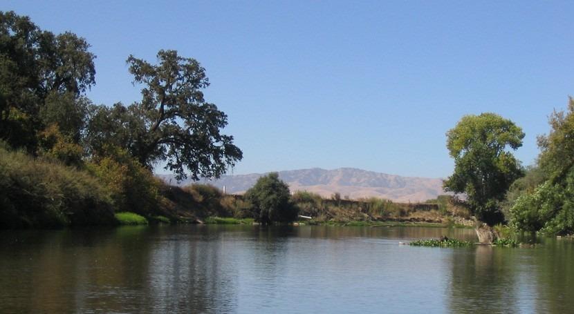 Biodiversity 'hotspots' imperiled along California's streams