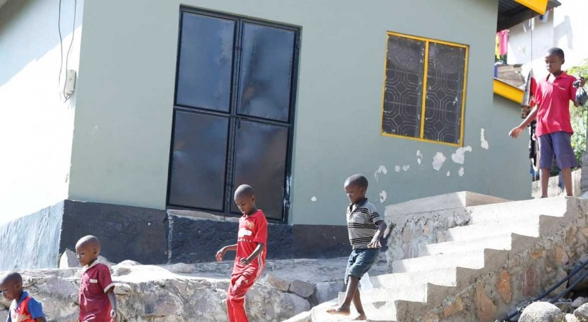 -Habitat and EIB partnership on sanitation is changing lives in the slums of Mwanza, Tanzania