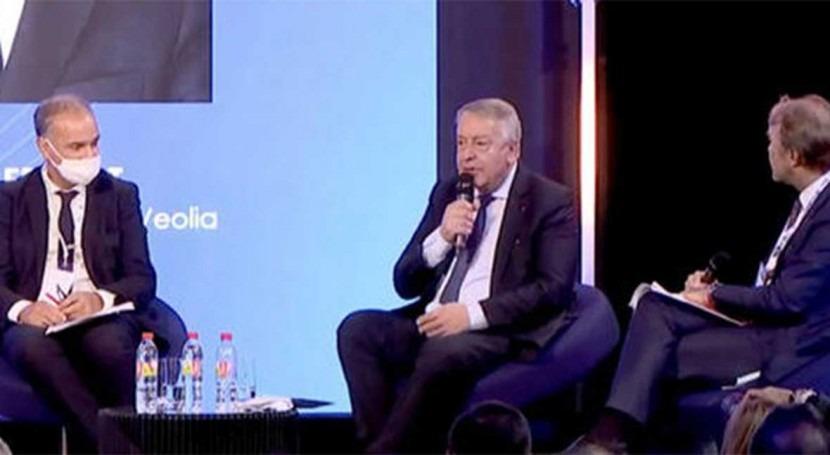 Veolia commits not to launch hostile bid for Suez