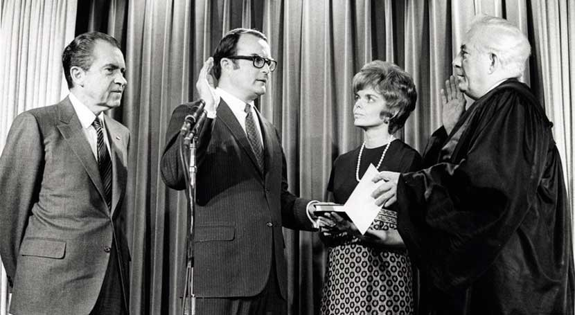 William Ruckleshaus, first EPA administrator, dies at 87
